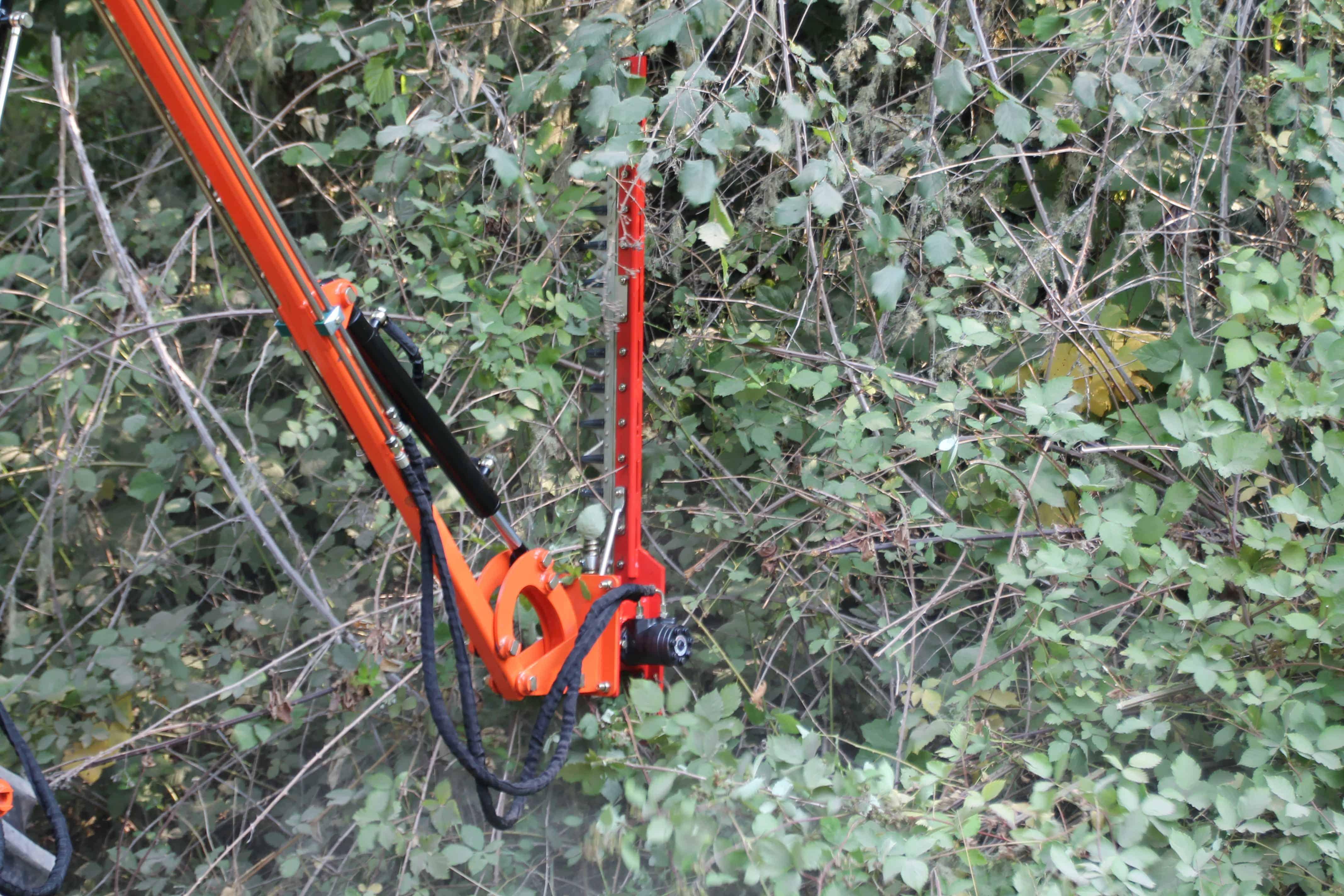 Hydraulic Boom with 4' Sickle Brush Mower, FH-BRM120